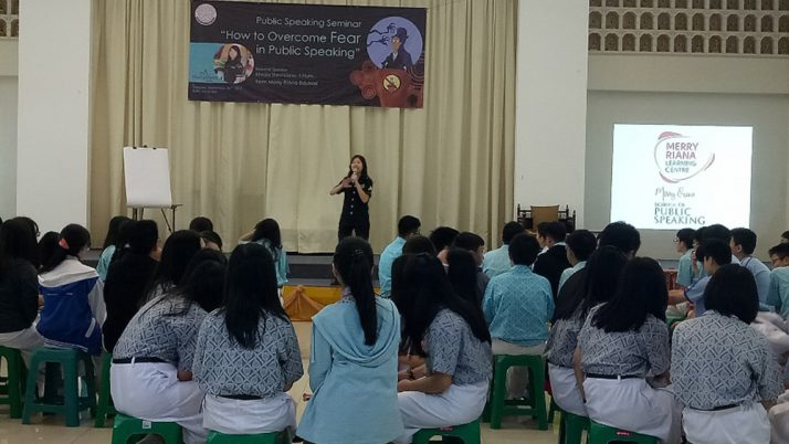 PUBLIC SPEAKING SEMINAR WITH MERRY RIANA TEAM