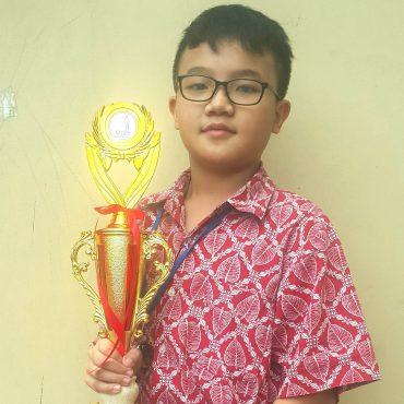 Julius-Juara-1-Badminton.jpg