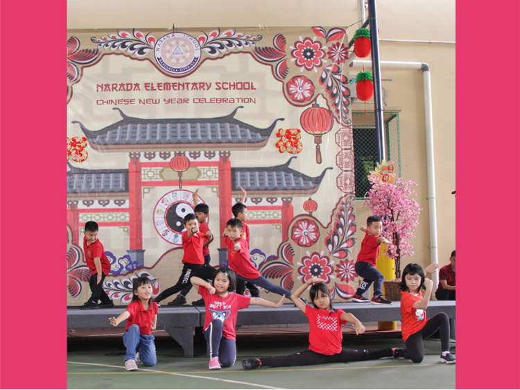 Wushu Grade 1 and Grade 2 in action!